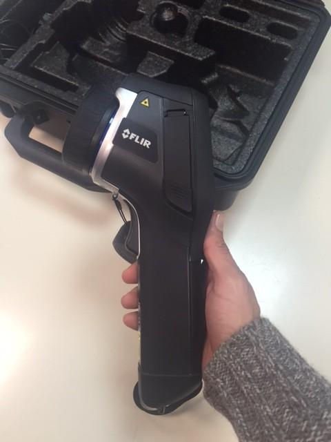 Termocamera Usata FLIR E50bx Laterale