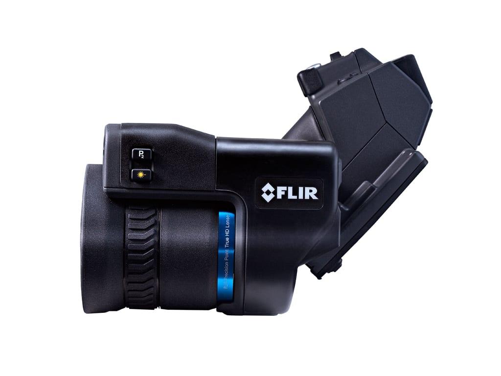 Termocamera FLIR T1010 con ottica orientabile a 120°