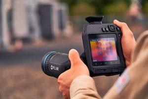 Termocamera FLIR T860 misurazione precisa da lunghe distanze